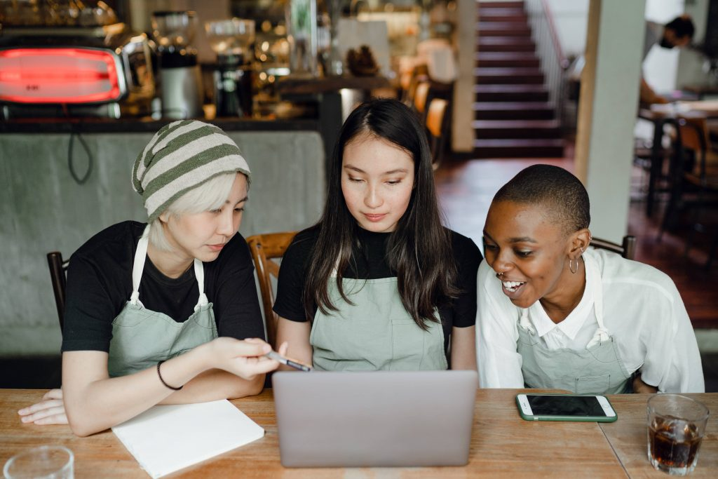 5 Simple Ways To Reduce Restaurant Labour Costs 6