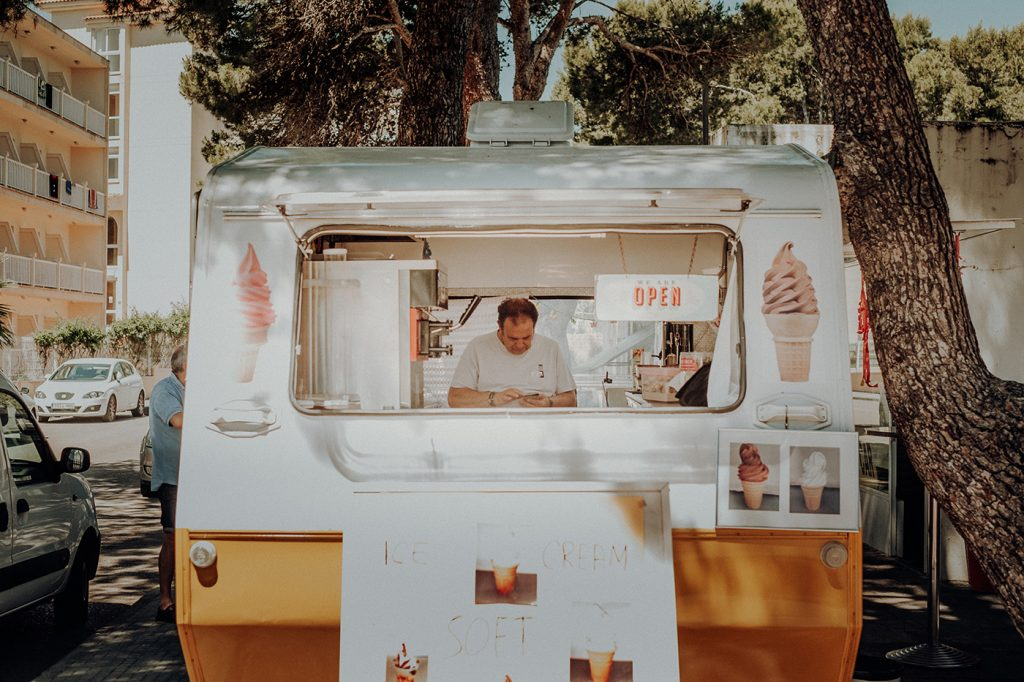 How To EASILY Write A Ice Cream Shop Business Plan 17